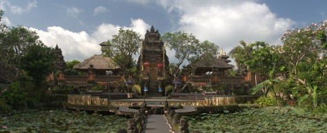Pura_Taman_Saraswati_Ubud_Bali_Indonesia